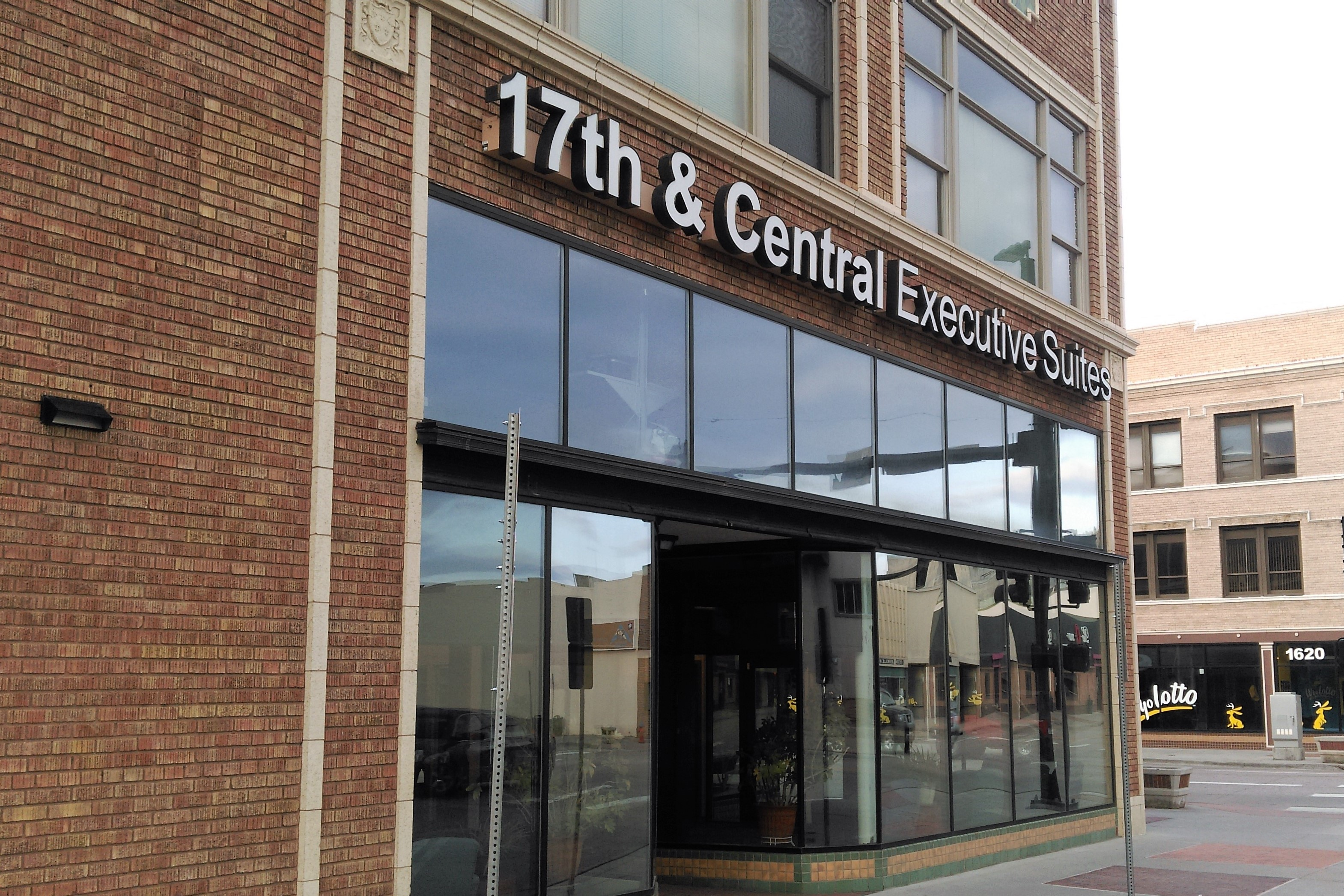 17th and Central Executive Suites